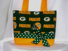 Hey, I found this really awesome Etsy listing at https://www.etsy.com/listing/210080247/nfl-greenbay-packers-purse