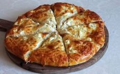 Bread Oven, Cheese Pies, Greek Recipes, Food And Drink, Appetizers, Pizza, Cooking Recipes, Snacks, Breakfast