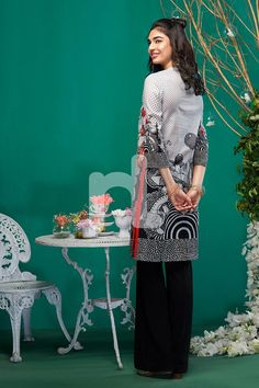 Latest Eid Kurti Tunics Designs NL Pret Collection consists of best festival wear digital printed and embroidered shirts and kurtis in best styles Online Clothes, Eid Collection, Botanical Drawings, Blue Aesthetic, Kurtis, Beautiful Creatures, Tunics, Cool Style, Shirt Designs