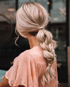 Date Night Hair Tutorial - Frisuren&Haare - Braided Ponytail Hairstyles, My Hairstyle, Pretty Hairstyles, Easy Hairstyles, Twisted Ponytail, Braid Hair, Fringe Hairstyles, Summer Hairstyles, Hairstyle Ideas