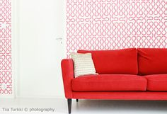 Livingroom in red Decor Interior Design, Love Seat, Koti, Couch, Living Room, Red, Furniture, Decoration, Photography