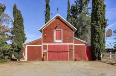 1888 - Redlands, CA - $539,000 - Old House Dreams