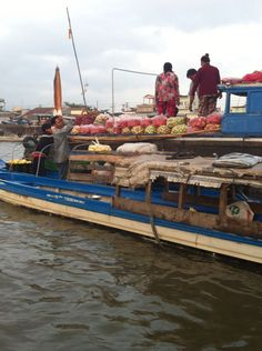 Floating market #lunanewyear