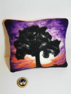 Karen Makes Stuff: Fiber Art Pillow
