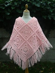 Crochet Poncho Patterns, Crochet Coat, Crochet Cardigan, Knitted Shawls, Crochet Motif, Crochet Designs, Crochet Clothes, Crochet Beach Dress, Hippie Crochet
