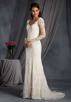 Alfred Angelo Signature Bridal Collection 2548 Wedding Dress Photo