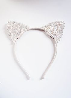 Pearl cat ears, Hair Accessory, Pearl accessory, White cat ears, Masquerade, Ball, Headband, Sparkling, Bachelorette,White Cat mask