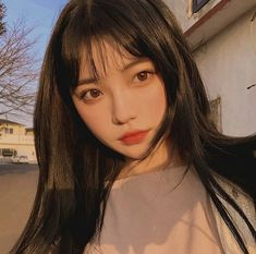 Este posibil ca imaginea să conţină: 1 persoană, cadru apropiat Ulzzang Korean Girl, Korean Boy, Cute Korean Girl, Asian Short Hair, Asian Hair, Korean Bangs, Korean Girl Photo, Cute Girl Face, Uzzlang Girl