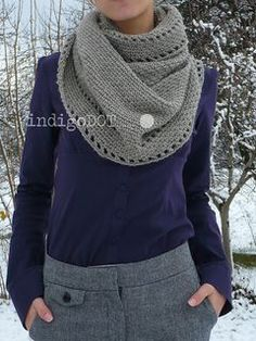 Cute crochet cowl Free pattern Grey