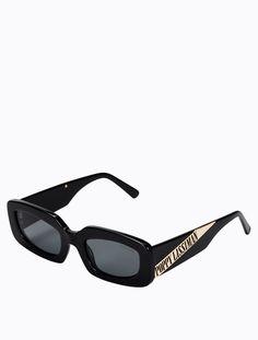 Glasses Frames Trendy, Funky Glasses, Glasses Shop, Cool Glasses, Swag Girl Style, Diy Friendship Bracelets Patterns, Fashion Eye Glasses, Swag Outfits For Girls, Cat Eye Sunglasses