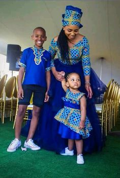 prints and styles are so beautiful. You can bedrock them anytime, anywhere and anyhow. You can several designs or styles application an Anka… in 2019 Couples African Outfits, African Dresses For Kids, Latest African Fashion Dresses, African Print Dresses, African Print Fashion, African Wedding Attire, African Attire, African Wear, Sepedi Traditional Dresses