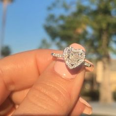 See any ring particularly an enagement ring relating to that amazing moment, our collection of diamond rings, diamond rings for every day fashion! Cute Jewelry, Body Jewelry, Jewelry Box, Jewelry Rings, Jewelry Accessories, Bling Bling, Heart Shaped Diamond Ring, Diamond Rings, Heart Shaped Rings
