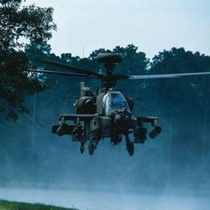 """""""Apache"""" helicopter during the Iraq war Helicopter Plane, Attack Helicopter, Military Helicopter, Military Jets, Military Aircraft, Ah 64 Apache, Photo Avion, Focke Wulf, Fear Of Flying"""