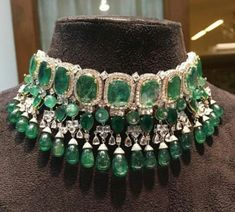 Jewelry OFF! 30 Ideas jewerly necklace diamond fashion beautiful for 2019 Indian Jewelry Sets, Indian Wedding Jewelry, Bridal Jewelry, Jewelry Gifts, Indian Bridal, Luxury Jewelry, Modern Jewelry, Fine Jewelry, Diamond Choker Necklace