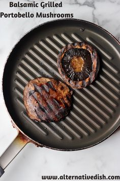 Balsamic grilled portobello mushrooms are bursting with flavor and perfect for summertime grilling.  #vegan #grilled #mushrooms Vegan Lunch Recipes, Best Vegan Recipes, Whole Food Recipes, Burger Recipes, Vegan Meals, Vegan Food, Vegan Side Dishes, Food Dishes, Grilled Mushrooms