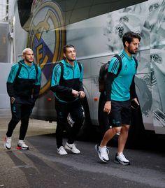 Isco Alarcon, Real Madrid Players, Best Football Team, Fifa, Soccer, Club, Party, Moda Masculina, Men's