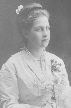 Grand Duchess Olga Kontantinova, Queen of the Hellenes