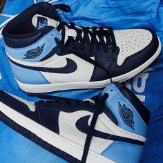 La Air Jordan 1 Obsidian UNC est disponible sur we Jordan Shoes Girls, Girls Shoes, Retro Jordan Shoes, Retro Shoes, Nike Air Jordan Retro, Ladies Shoes, Souliers Nike, Zapatillas Jordan Retro, Sneakers Fashion