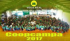 Vega Real culmina COOPCAMPA 2017 LA VEGA,RD.-La Cooperativa Vega Real finalizó con éxito la vigésimo séptima edición de su Campamento de Verano Educativo (COOPCAMPA) con dedicatoria especial a la educación, al medio ambiente, la salud y el deporte.