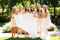 Sioux Falls Wedding | Deja Vu Photography | McKennan Park | Bride and Bridesmaids