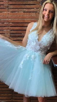 V-neck Tulle Mint Green Short Prom Homecoming Dresses With Appliques P – shinydress