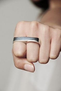 surface to air 2 finger ring
