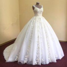 Wedding Dresses, Wedding Gown,elegant lace appliques v neck