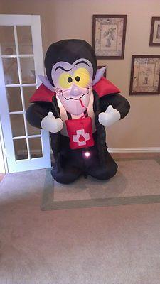 Prototype Gemmy Halloween Vampire Inflatable Airblown
