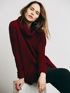 Oversized and slouchy turtleneck sweater in loose cable-knit with ladder stitching and ribbed trims. Features a luxe wool alpaca blend. Winter Sweaters, Cozy Sweaters, Black Sweaters, Loose Sweater, Boho Outfits, Fashion Design, Fashion Tips, Fashion Fall, Free People