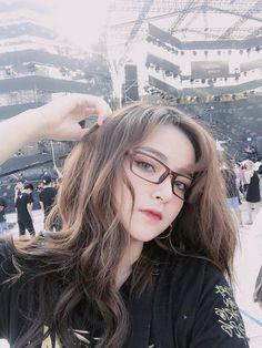Cô bạn Việt nổi nhất lễ hội âm nhạc EDM vì quá xinh!