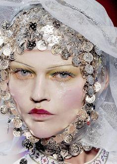 John Galliano Haute Couture S/S 2009, Sasha Pivovarova