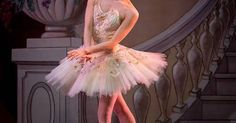 Misa Kuranaga Princ - Misa Kuranaga Principal Dancer with the Boston Ballet as the Sugar Plum Fairy at the Santa Barbara Festival Ballet's Nutcracker at the Arlington. This weekend don't miss it! Tickets: thearlingtontheat... Photo by Fritz Olenberger #misakuranaga #nutcracker #ballet #santabarbara #Tchaikovsky #arligtontheater #nutcrackeratthearlington #sugarplumfairy --- #Theaterkompass #Theater #Theatre #Tanztheater #Ballett