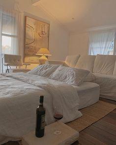 Room Ideas Bedroom, Home Bedroom, Kids Bedroom, Master Bedroom, Decoration Bedroom, Aesthetic Bedroom, Beige Aesthetic, Home And Deco, Dream Rooms