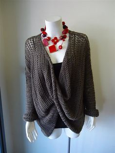 This pattern uses British Crochet Terminology.