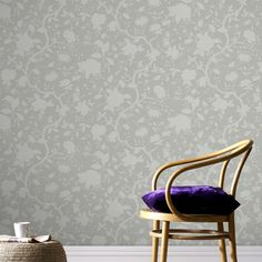 Botanical Floral Wallpaper by Kelly Hoppen - Designer Cream Wall Coverings by Graham Brown Discount Wallpaper, Cheap Wallpaper, Brown Wallpaper, Kitchen Wallpaper, Wall Wallpaper, Wallpaper Ideas, Wallpaper Panels, Kelly Hoppen Wallpaper, Hallway Inspiration