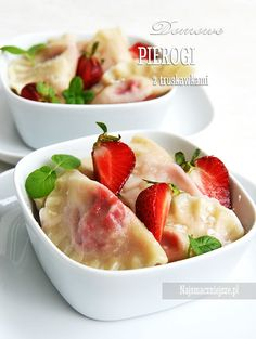 Pierogi z truskawkami, pierogi na słodko, truskawki http://najsmaczniejsze.pl #food