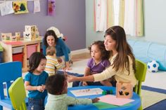 what to know to pick the best family-daycare provider. In-home daycare gives you a less expensive childcare option and your baby the benefits of home. Here is what you need to know about family-daycare providers. Learn more about childcare and parenting Education English, Elementary Education, Childhood Education, Higher Education, Special Education, Exit Games, Chers Parents, Notes Tumblr, Starting A Daycare
