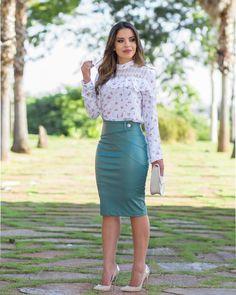 1c00b2bd20 A(z) Szett nevű tábla 40 legjobb képe | Casual dresses, Casual ...