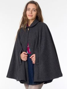 The Wool Cape.....similar to what Im making.