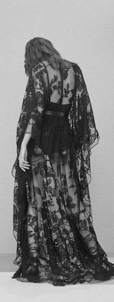 cool Elie Saab Pre-Fall 2016... by http://www.polyvorebydana.us/gothic-fashion/elie-saab-pre-fall-2016/