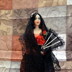 1Ft Senorita Doll with Fan