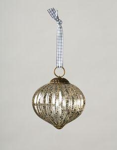 WAVE SILVER BALL dekoration silver | Garland/window decor | Girlanger & Fönsterdekorationer | Dekorationer | Home | INDISKA Shop Online