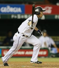 5/31/13: Akiyama's big night propels Lions past Swallows: Shougo Akiyama finishes the night going perfect 4-for-4 with 3 doubles in Lions' 4-1 walk-off win over the Swallows at Seibu Dome.