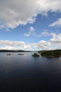 In #Zweden heb je alle soorten kust; één springt er echt uit: Höga Kusten en dan hebben we nog niet eens over de unieke geologische achtergronden.
