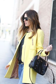 Hi there!! I really like how yellow color looks with any denim garment so I could not resist this summer...