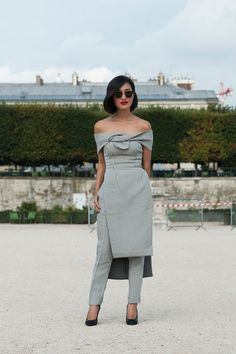 PFW Street Style Day 6 An off-the-shoulder look so stunning, it doesn't even need a bright color