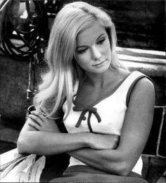 Who is Yvette Mimieux? This can be a very common question for many and that's why you should know that Yvette is a famous American film and TV actress who has taken retirement from the industry. Sherry Jackson, Vintage Hollywood, Hollywood Glamour, Classic Hollywood, Classic Actresses, Beautiful Actresses, Actors & Actresses, Yvonne Craig, Anna Karina