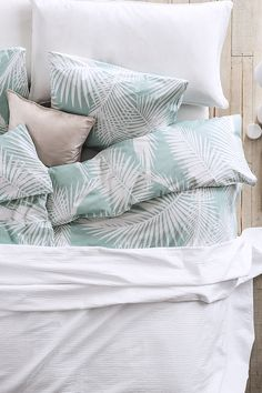 Pastel palm leaves. H&M #HMHome