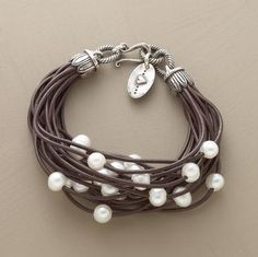 Rope bracelet with pearls