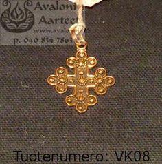 Viking age / medieval age jewel, bronze: Cross / Viikinkiajan / keskiajan pronssikoru: Risti Viking Age, Iron Age, Vikings, Medieval, Gold Necklace, Bronze, Jewels, Personalized Items, Products